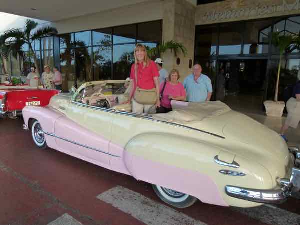1948 Buick - Tour groups have fun inn Classic Convertibles