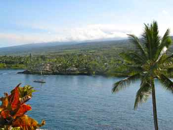 Historic double canoe cruises in Hawaii
