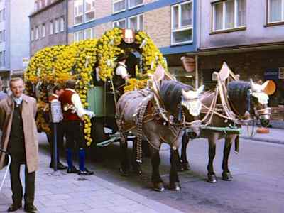 Oktoberfest - beer wagon with flowers