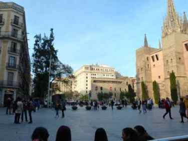Plaza Nova and the Barcelona Cathedral