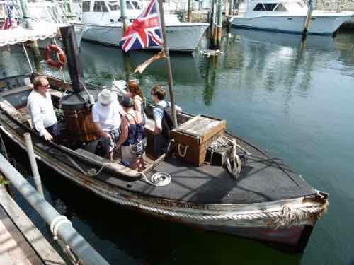 African Queen Steamboat
