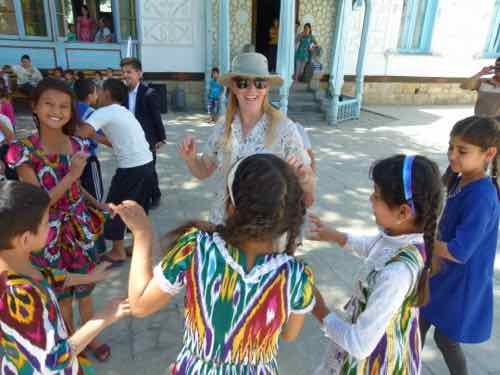 Children' Day dances Uzbekistan