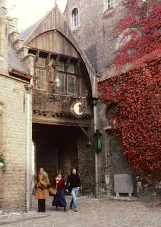 Bruges architecture still appears Medieval and Gothic