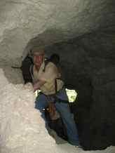 Tunnels in Big Tsingy