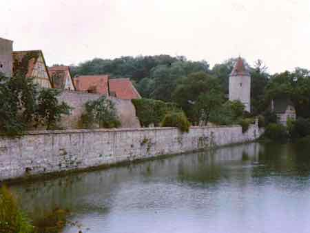 Dinkelsbuhl city walls