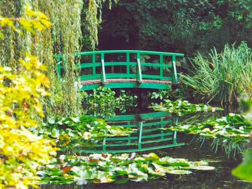 That famouse bridge at Giverny