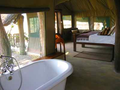 Luxurious tent The Hide, Hwange, Zimbabwe