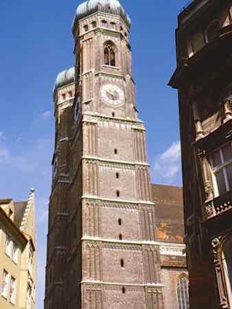 Frauenkirke towers in Munich