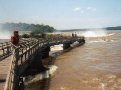 Iguazu Falls catwalks
