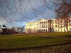 Norske Kongehus - Royal Palace Oslo