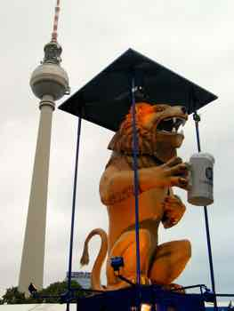 Lowenbrau Lion in Berlin!